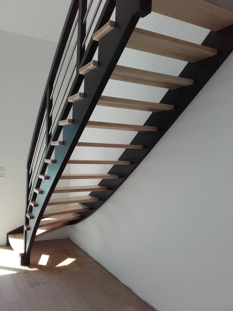 escalier chevrier escalier l 39 anglaise. Black Bedroom Furniture Sets. Home Design Ideas
